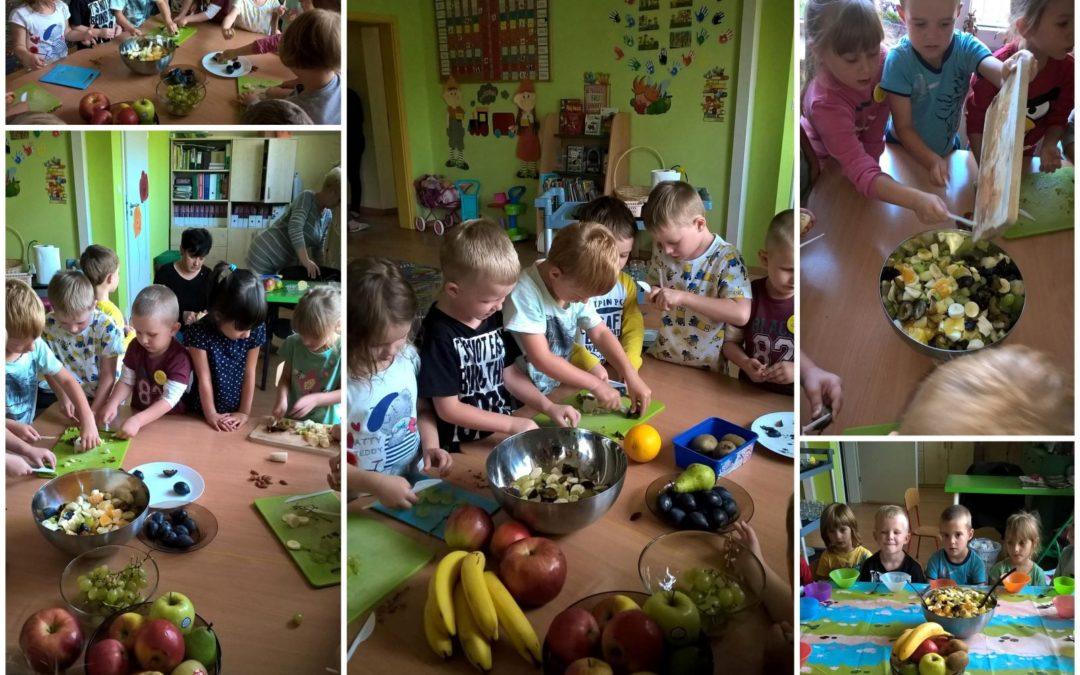 Wicherki robią sałatkę owocową :)