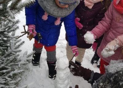 Zimowe zabawy w ogrodzie:-)