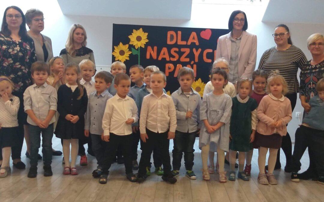 Dzień Edukacji Narodowej (grupa Gwiazdki)