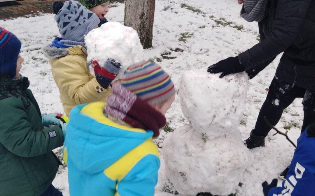 Zabawy na śniegu – Grupa Gwiazdki